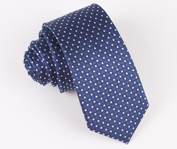 How to distinguish between different fabrics of ties-Some methods from Xiuhe OEM tie factory