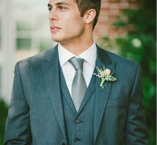 How to Choose Wedding Ties for Men