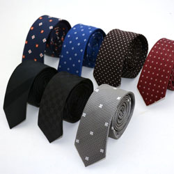 How a handmade necktie is made in Xiuhe tie Factory