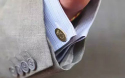 How to wear cuff links on different occasions